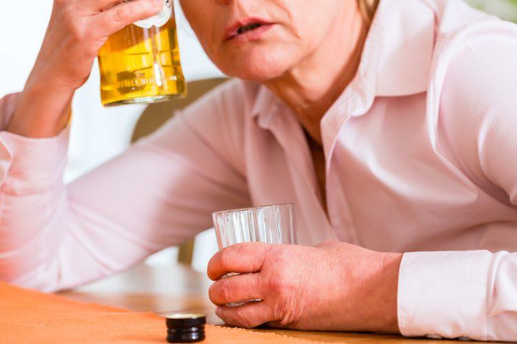 drinking problem,alcoholism,alcohol dependency, alcohol use disorder,stepworks